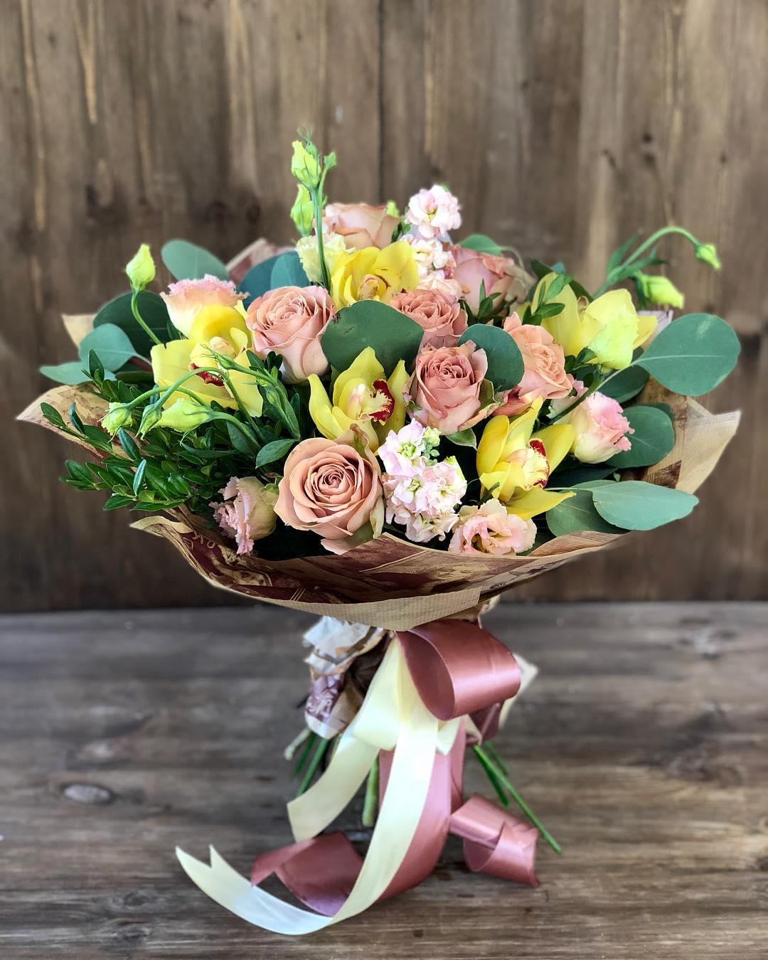 Шикарный букет цветов Псков | Цветы.РУ | Цветы.Ру